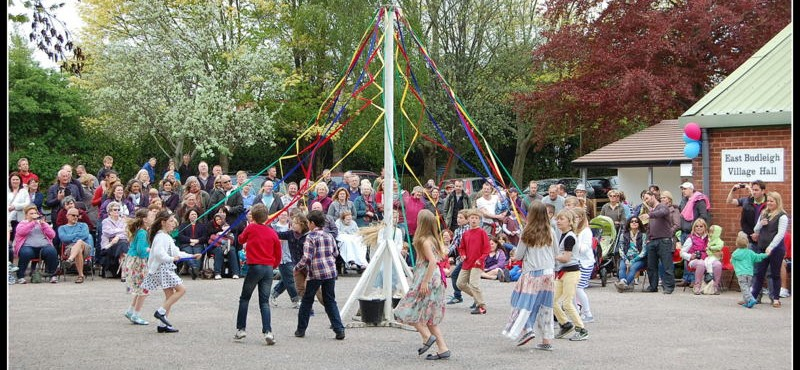 East Budleigh May Day | Pony & Trap Sponsored by Exe Windows Doors & Conservatories